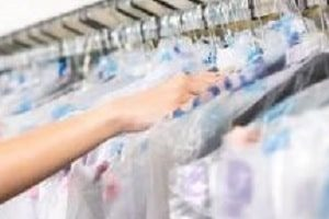 Bagging Garments for Shipping