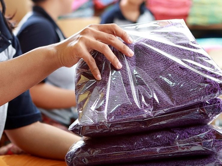 Packing Garments for Shipping