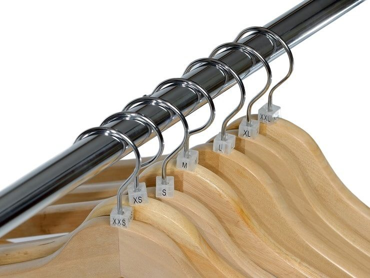 Putting Size Markers on Clothes Hangers
